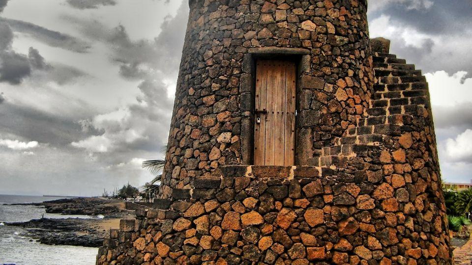Lanzarote – najspokojniejsza z wysp Kanaryjskich